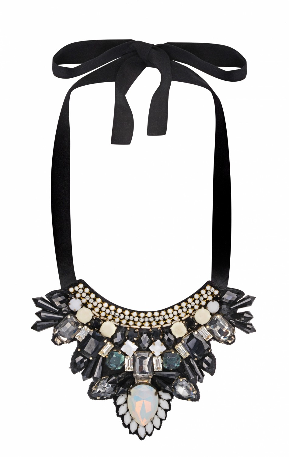 Azra Necklace Black