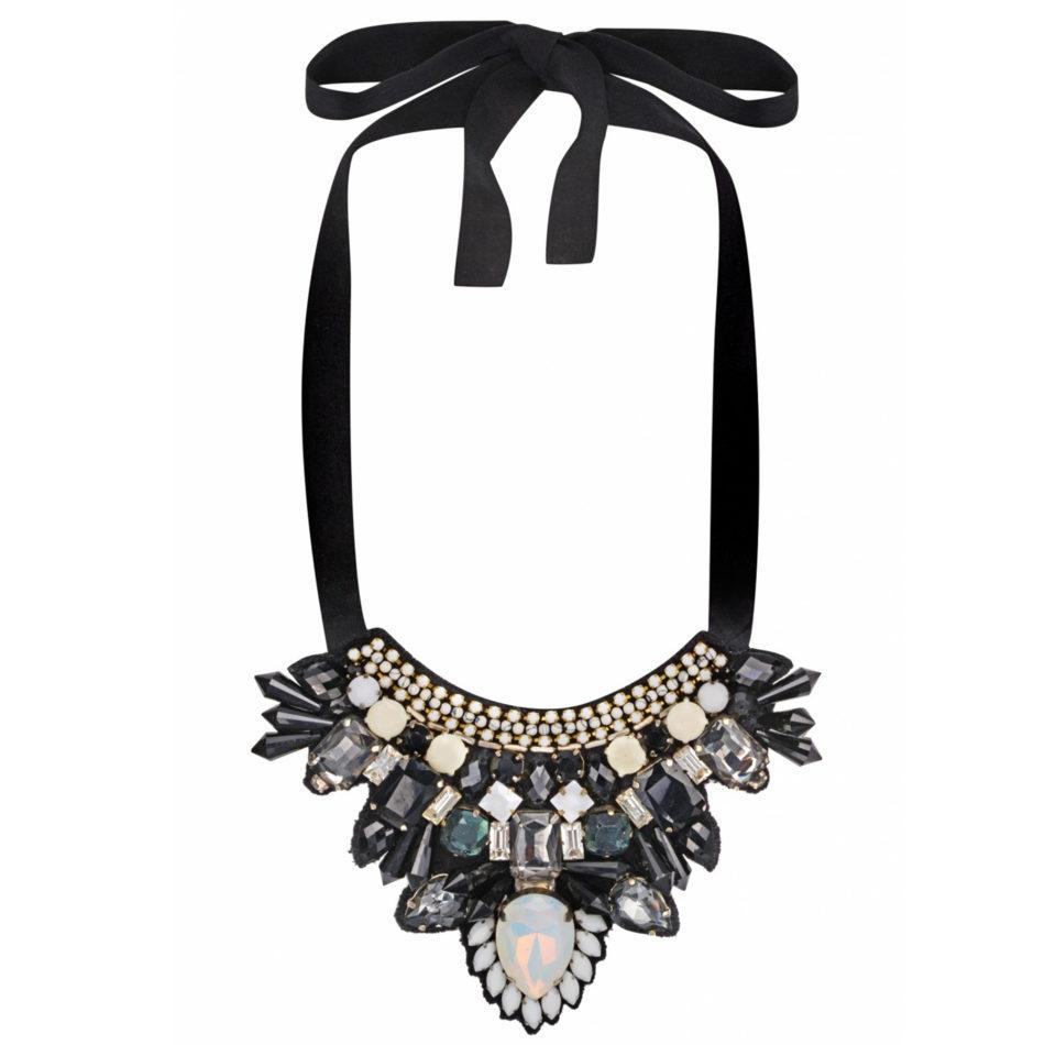 Azra Necklace Black