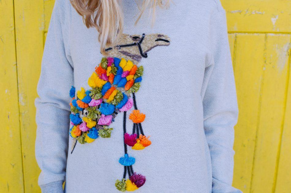 Camel Sweatshirt Ecru – Mini & Me
