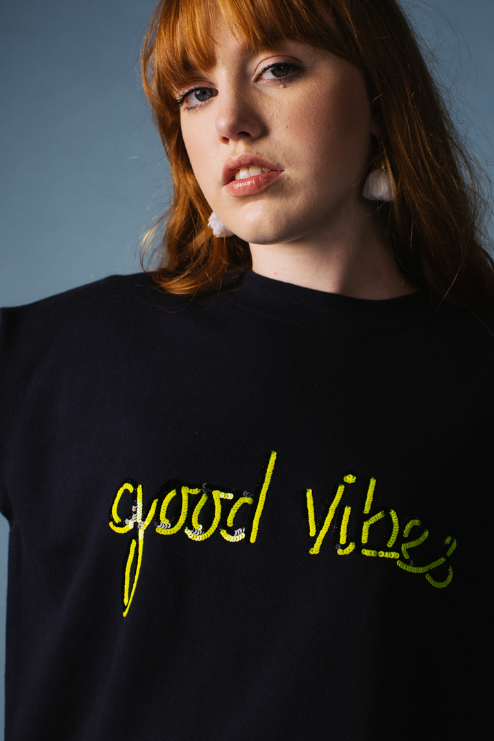 Good Vibes Oversized Sweatshirt – Unisex